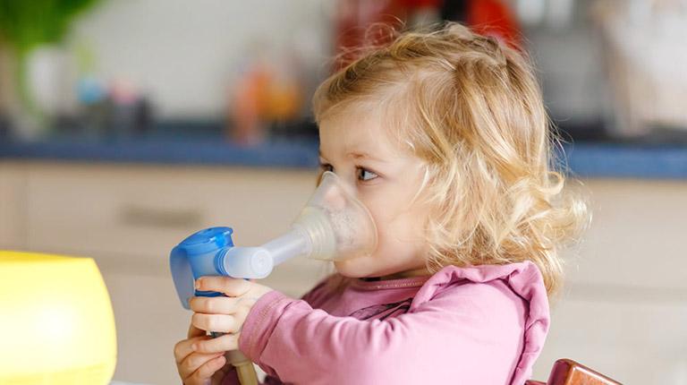 Hướng dẫn chăm sóc trẻ bị viêm phổi đúng cách tại nhà