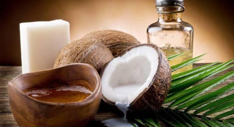 Dùng dầu dừa chữa bệnh trĩ nhẹ ở giai đoạn đầu