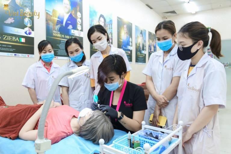 Học viện đào tạo Thẩm mỹ Quốc Tế VietBeauty