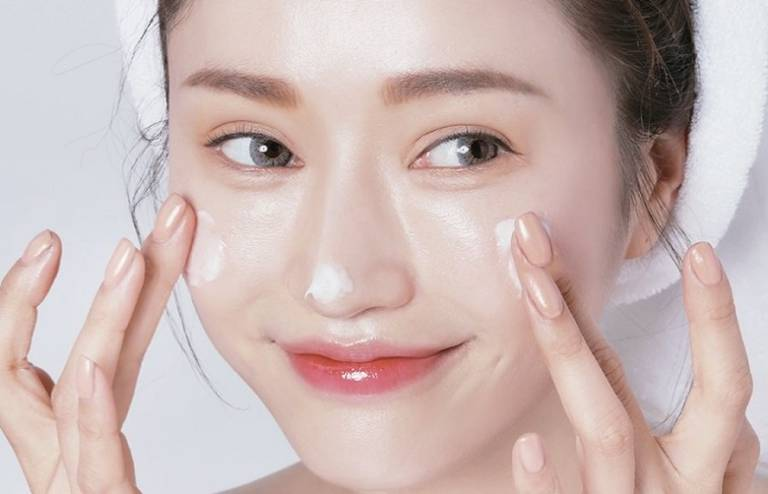Top 11 Kem dưỡng trắng da tốt nhất cho làn da đẹp như sao Hàn
