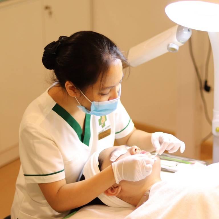 Dịch vụ điều trị sẹo mụn hiệu quả