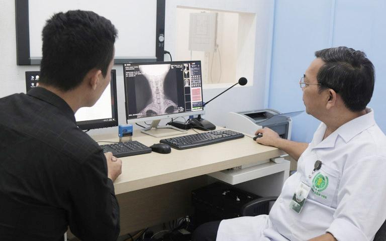 Phương pháp điều trị thoát vị đĩa đệm bằng Đông y có biện chứng