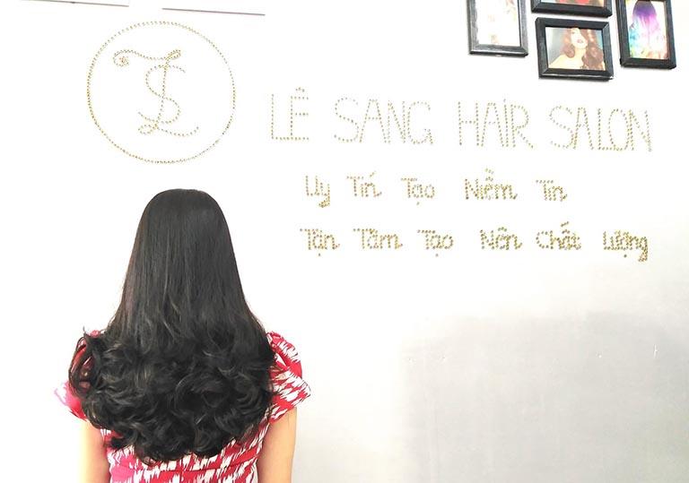 Tiệm làm tóc tại TPHCM