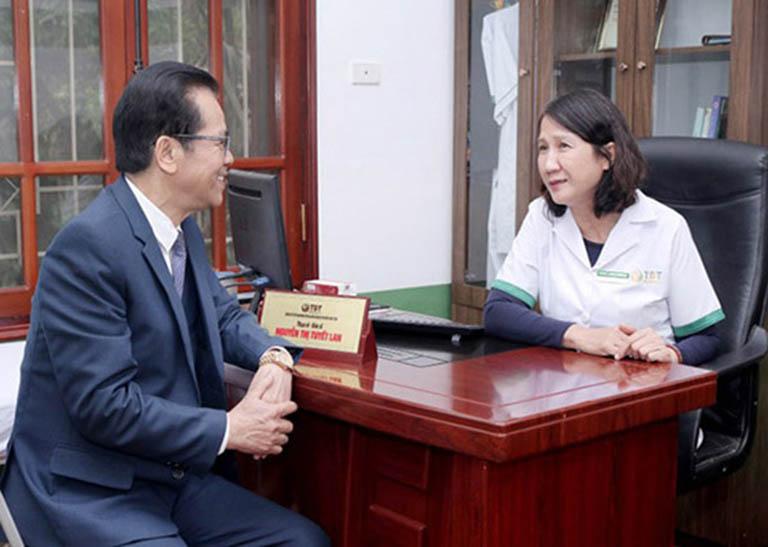 NSND Trần Nhượng và buổi thăm khám cùng BS Tuyết Lan