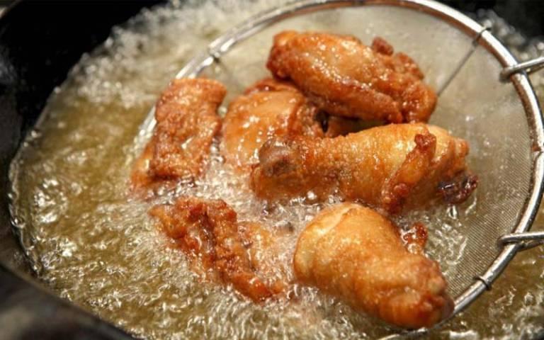 Các món ăn chứa nhiều dầu mỡ