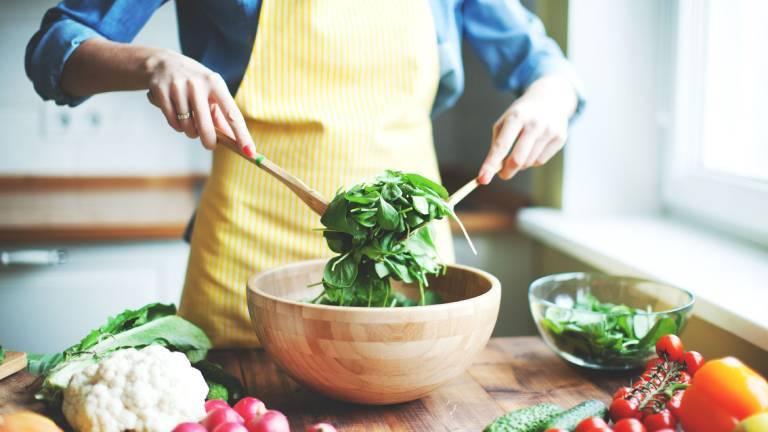 Xây dựng chế độ ăn uống lành mạnh, khoa học