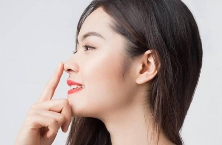 Có thể áp dụng bài tập đẩy mũi nếu mũi của bạn dài nhưng không cao để cải thiện chiều cao của mũi