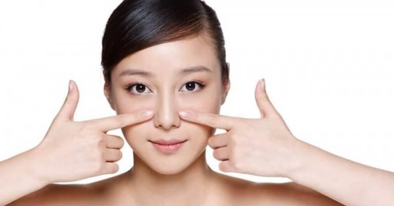 Massage giúp thu gọn cánh mũi