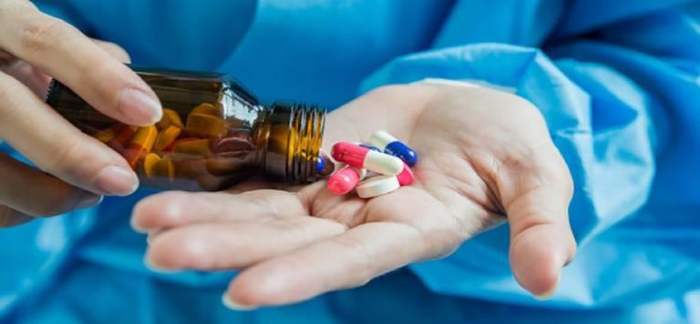 Sử dụng các loại thuốc giảm đau