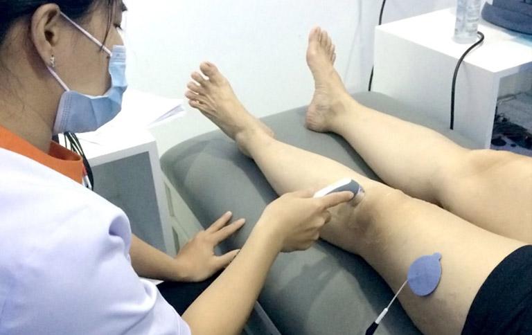 Tràn dịch khớp gối sau chấn thương