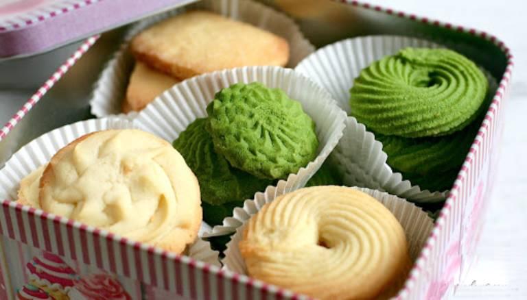 Người bệnh không nên ăn bánh quy giòn, nên chọn loại ít ngọt, không chứa chất tạo ngọt