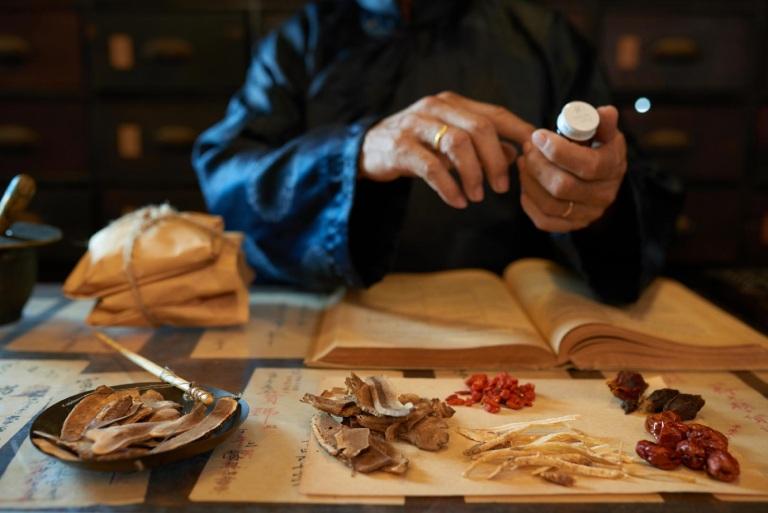 Quan niệm y học cổ truyền về bệnh viêm họng hạt