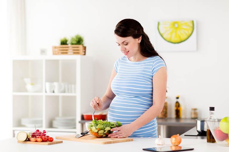 Lỡ uống thuốc đau dạ dày khi mang thai