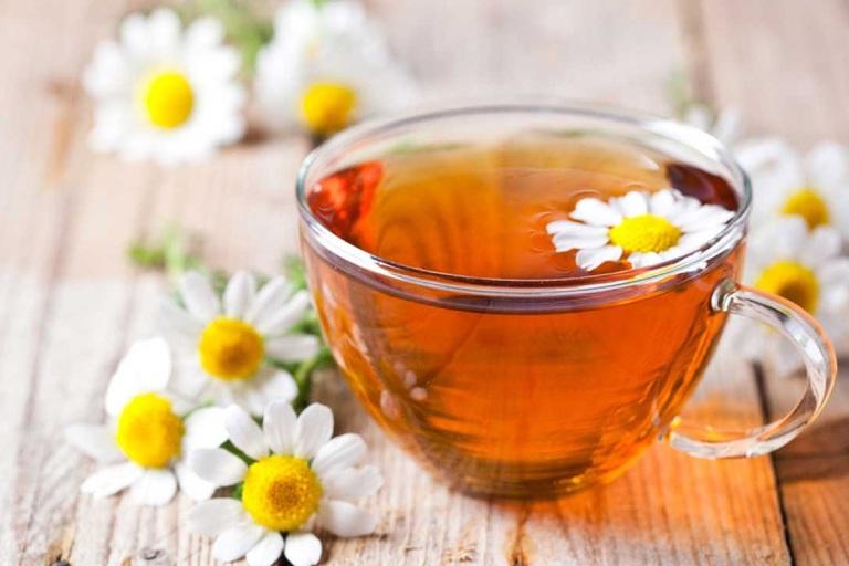 Mẹo giảm cơn đau dạ dày tức thời bằng hoa cúc La Mã