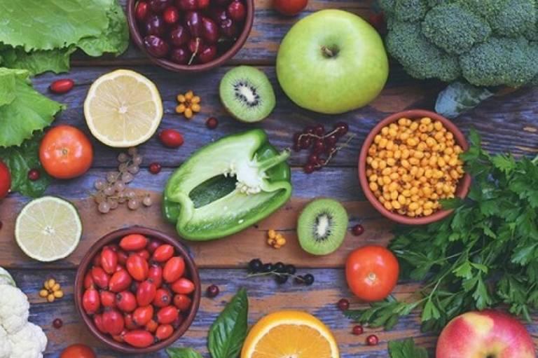 Chế độ ăn uống đóng vai trò rất quan trọng trong việc hỗ trợ điều trị