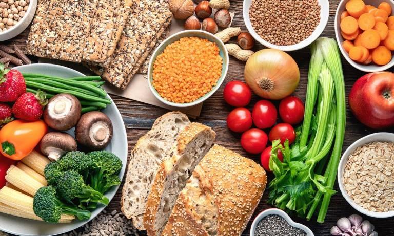 Viêm đại tràng nên ăn gì và kiêng ăn gì để hỗ trợ điều trị?