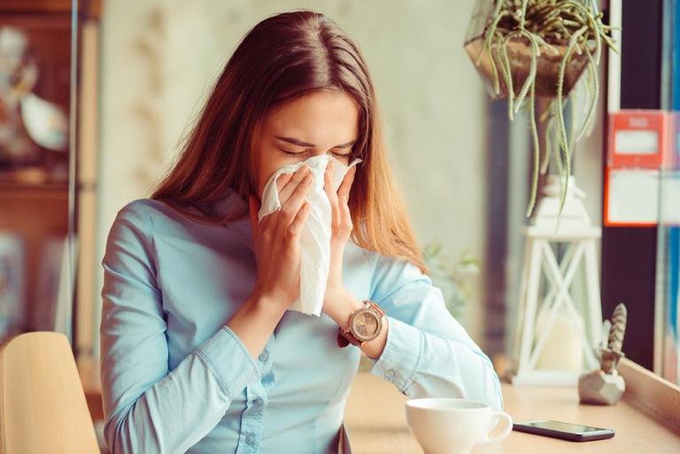 Viêm mũi vận mạch là gì? Có chữa được không?