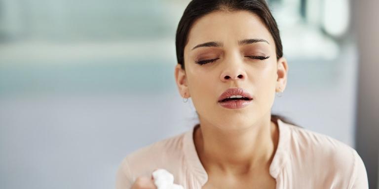 Triệu chứng của bệnh viêm mũi xoang xuất tiết phù nề