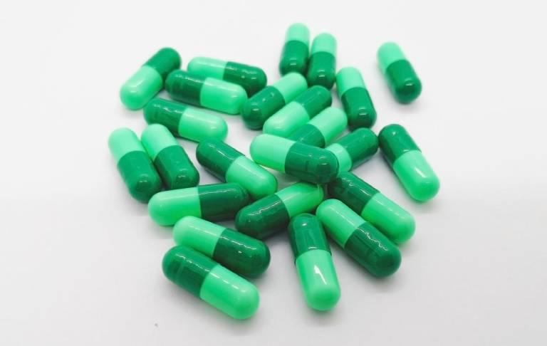 Thuốc kháng sinh điều trị viêm phế quản Cephalexin