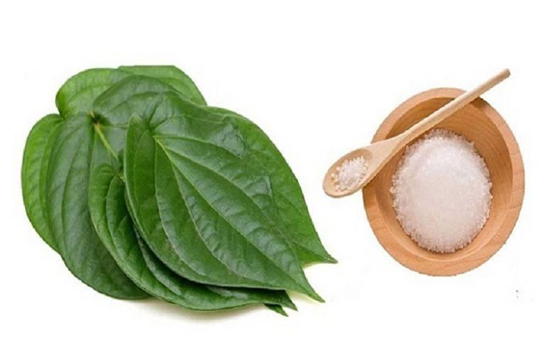 Kết hợp nước muối và lá trầu không cải thiện bệnh lý