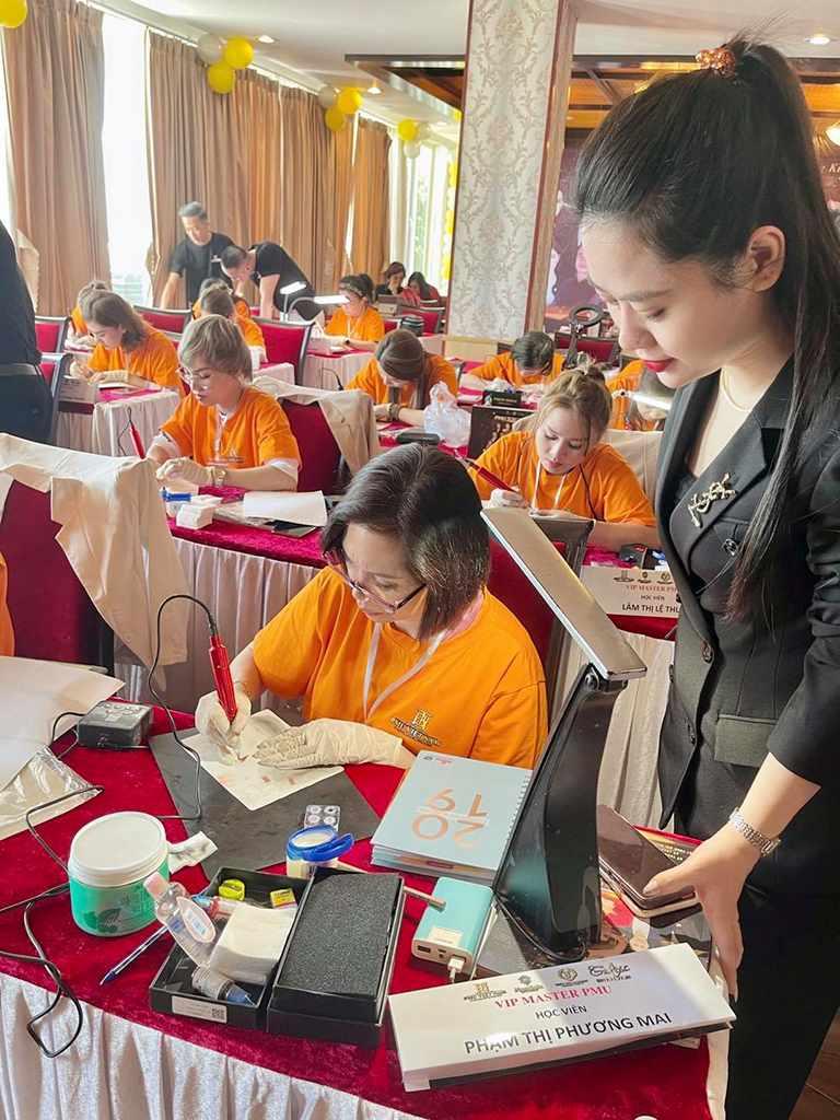 5 địa chỉ học điêu khắc lông mày chất lượng tại Hà Nội