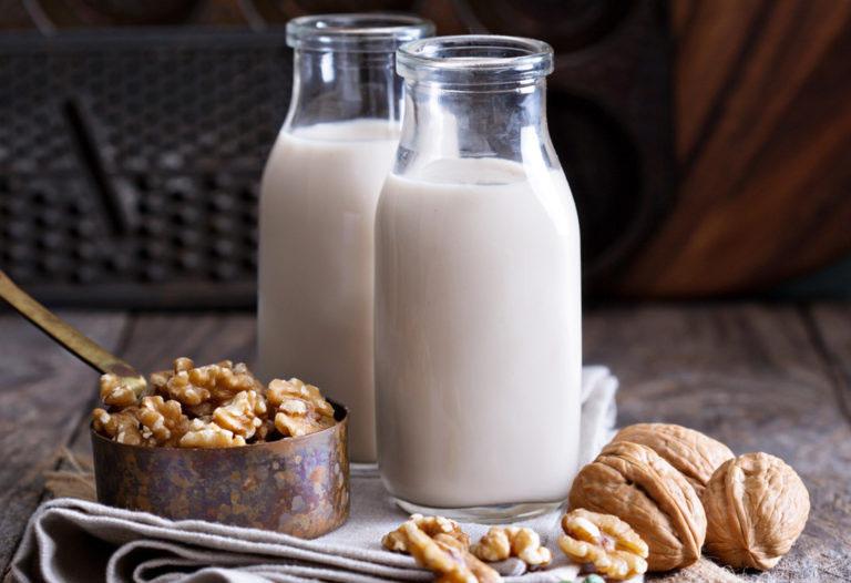 đau dạ dày nên uống sữa gì