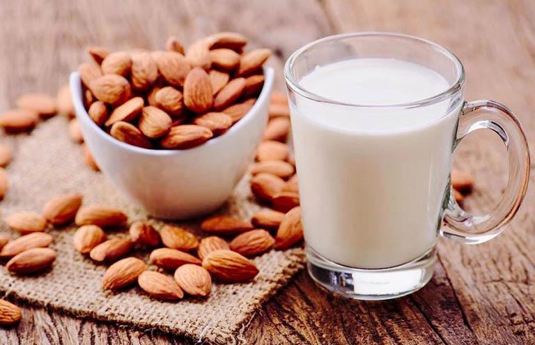 sữa gì tốt cho người bị đau dạ dày