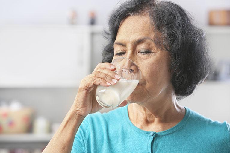 sữa dành cho người già