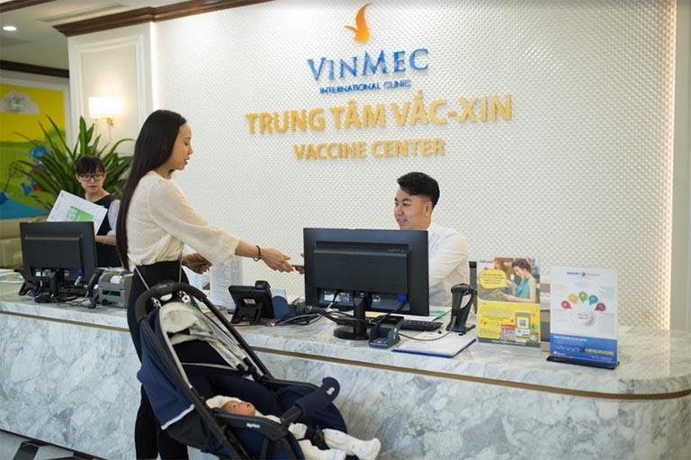Trung tâm tiêm chủng Phòng khám Vinmec Sài Gòn - Địa chỉ tiêm chủng dịch vụ cho trẻ sơ sinh