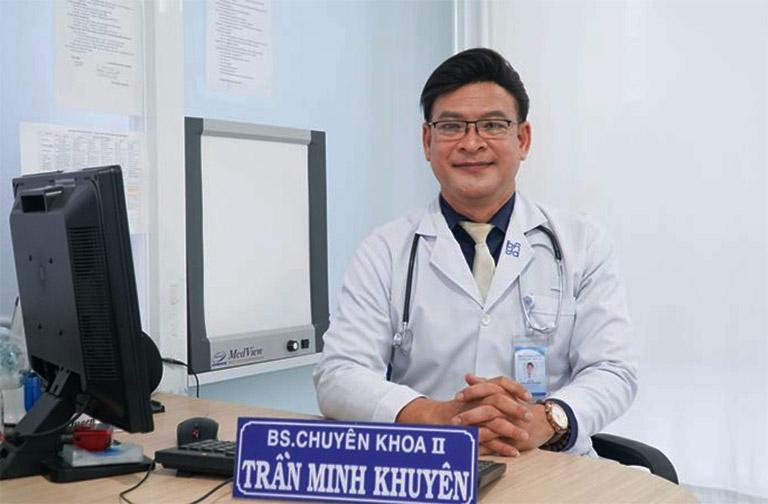 Bác sĩ chuyên khoa II Trần Minh Khuyên đã có hơn 22 năm kinh nghiệm trong lĩnh vực tâm thần kinh