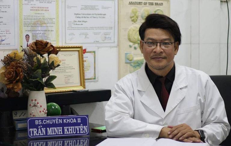 Bác sĩ Chuyên khoa II Trần Minh Khuyên chữa trầm cảm
