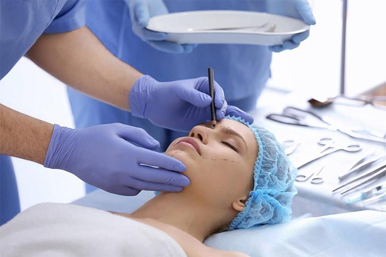 Bác sĩ nâng mũi, sửa mũi đẹp nhất tại TPHCM
