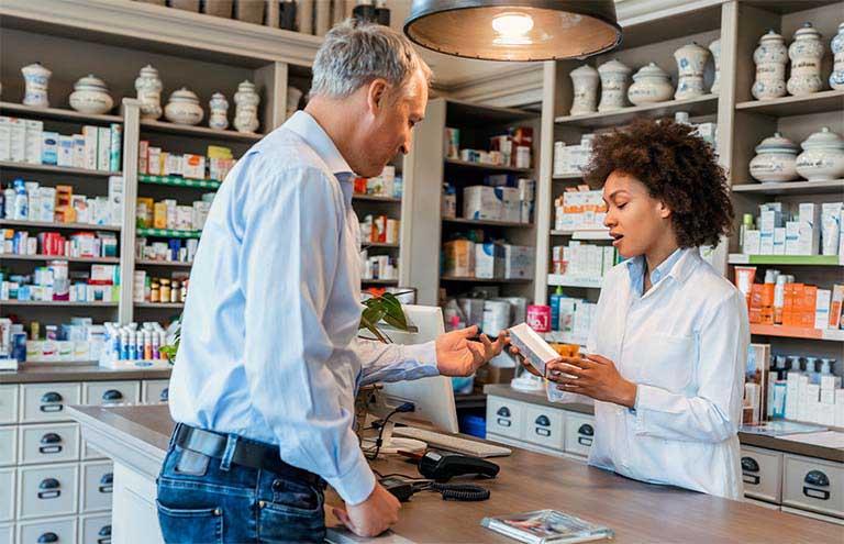 Nên trao đổi với y bác sĩ nhân dược sĩ để biết rõ hơn thành phần, cách dùng và liều lượng sử dụng thuốc cường dương