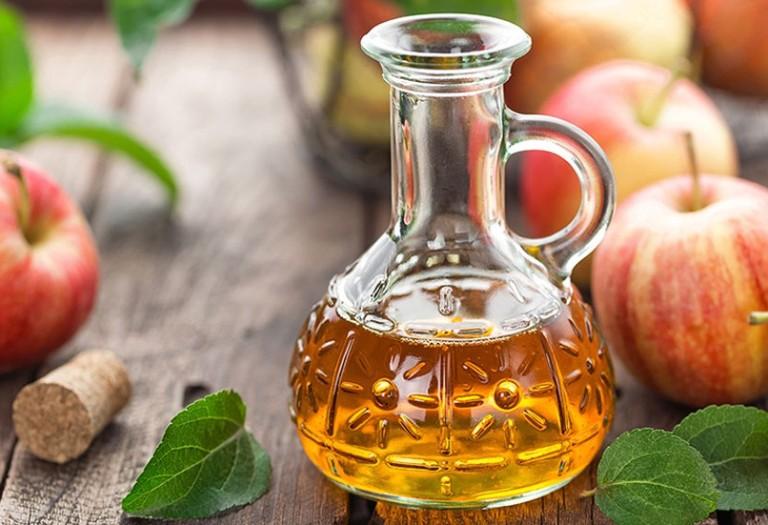 giấm táo chữa viêm âm đạo