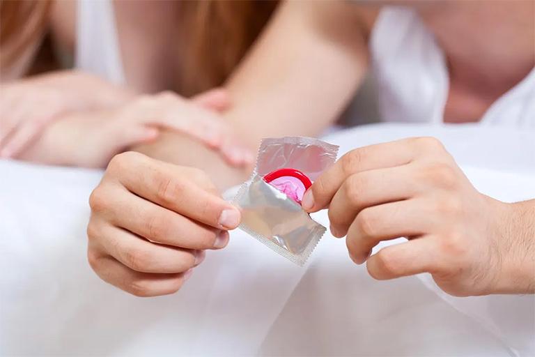 Đặt thuốc âm đạo bao lâu mới quan hệ được?