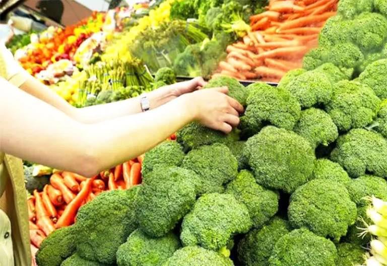 Không tiêu hoá được rau, đi phân sống