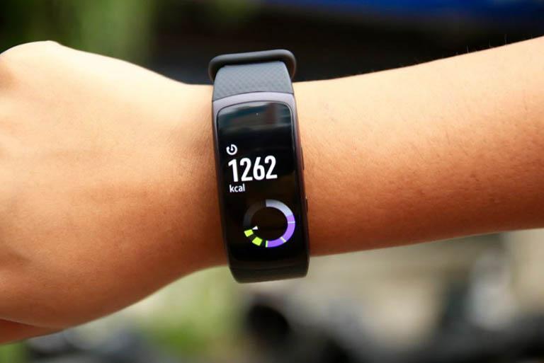 Samsung Gear Fit 2 được cập nhật nhiều tính năng hữu ích cho người dùng