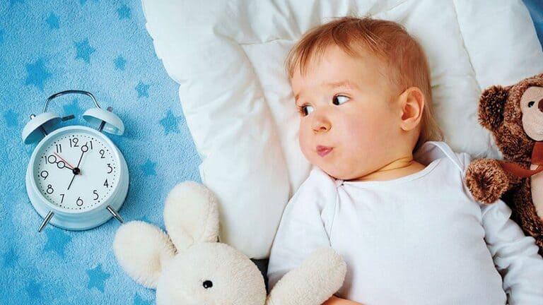 Bé khó ngủ thiếu chất gì? Cần bổ sung những gì?