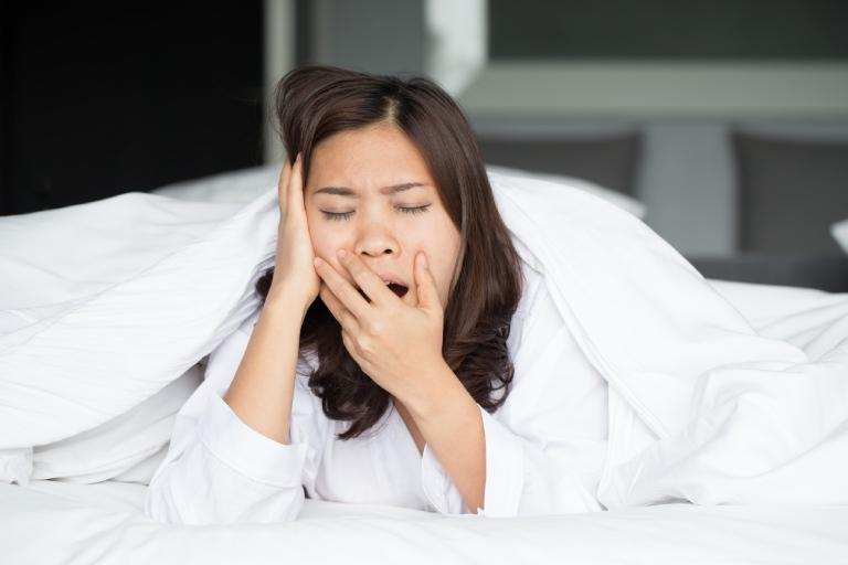 chữa mất ngủ bằng cách kiểm soát yếu tố kích thích