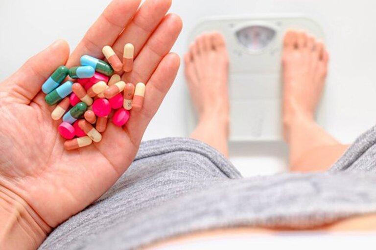 tại sao uống thuốc giảm cân lại mất ngủ?