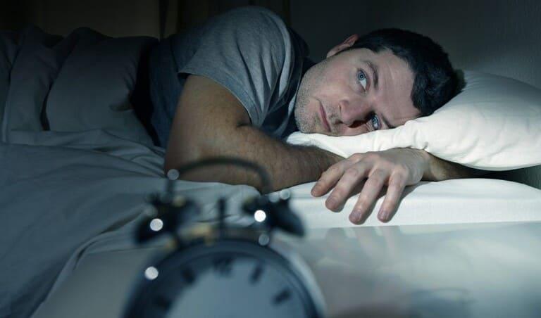 cách tự nhiên chống mất ngủ hiệu quả an toàn