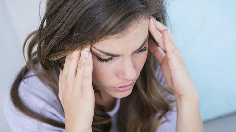 thiếu ngủ gây đau đầu